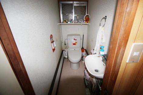 U様(大塔町)トイレ施工前